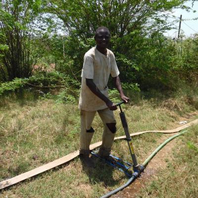 Affordable irrigation solution (hip-pump)