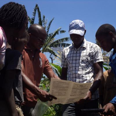 Training on basic irrigation solutions